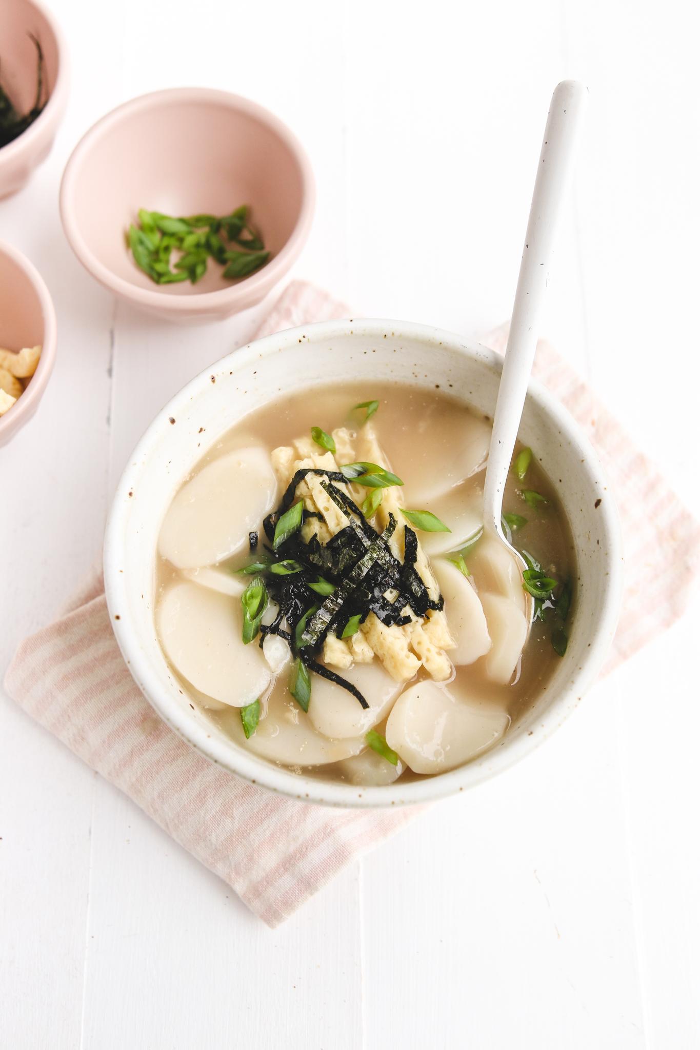 vegan korean rice cake soup