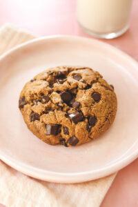 Vegan Levain Style Chocolate Chip Cookie Veggiekins