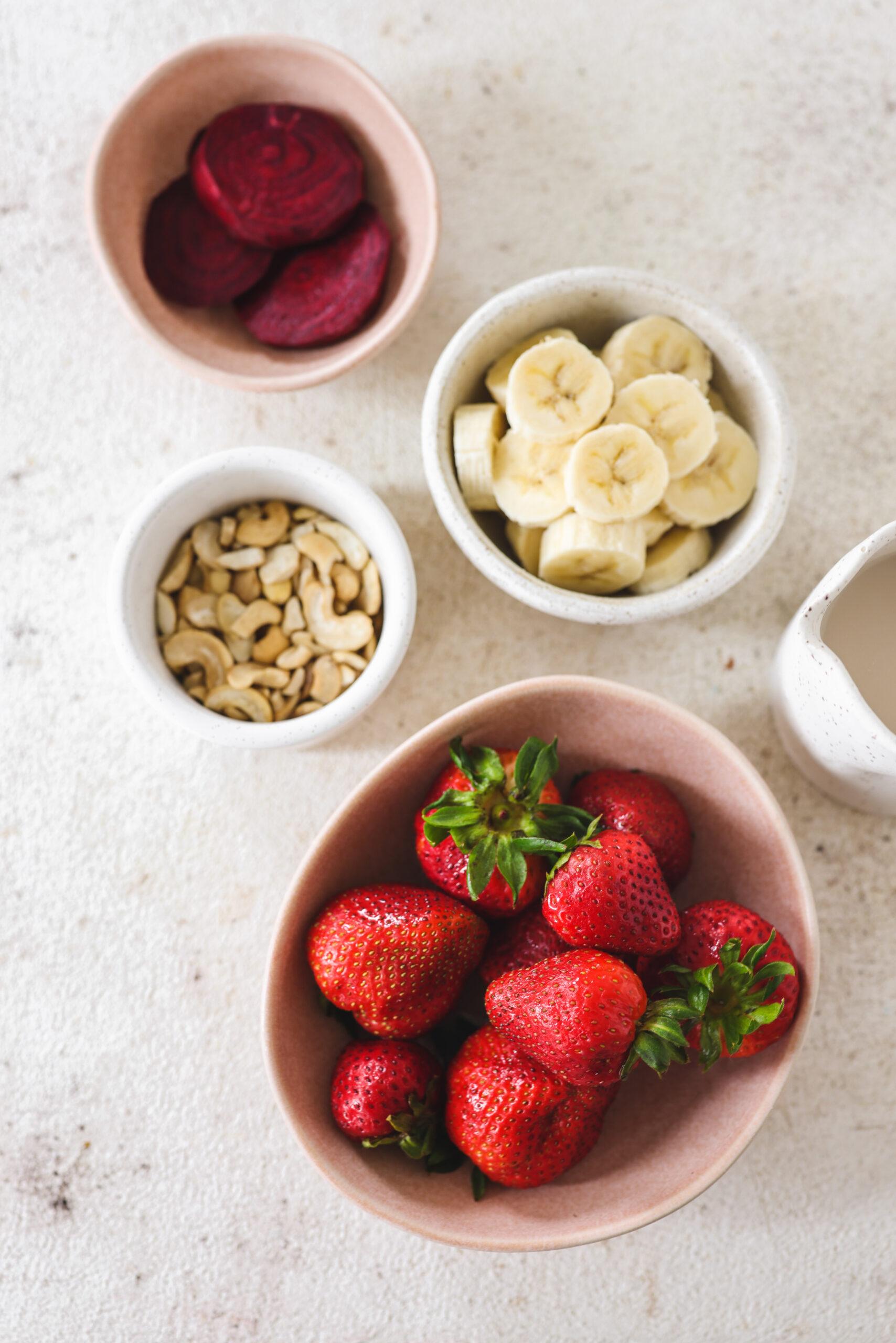 Strawberry Beetroot Cashew Smoothie
